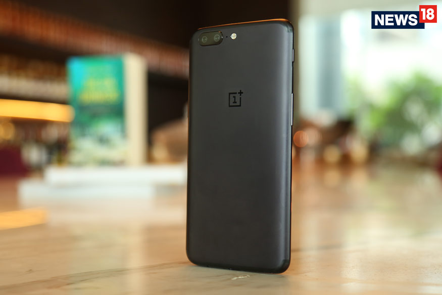 OnePlus 5 Review: Is This The Phone You Were Waiting For?