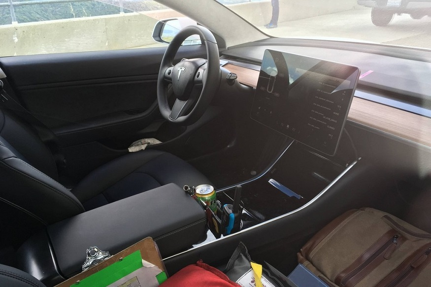 "Tesla Model 3 interiors come with a 15"" touchscreen tab. (Image: inamachineshop)"