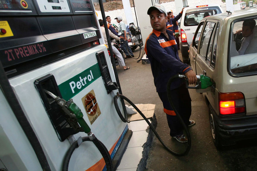 Leaders, Unions Tussle With Govt Over Petrol, Diesel Prices in MP