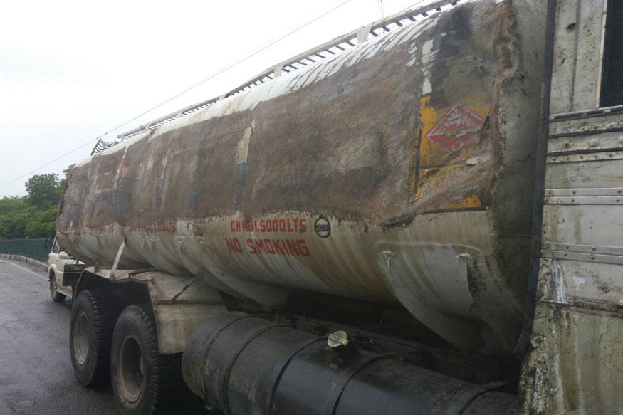 Tanker carrying ATF overturns, fuel spill hits traffic