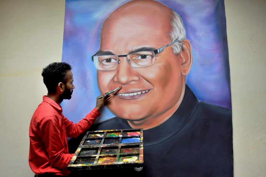 Kovind's Victory Margin is Bad News For Uddhav Thackeray and Ahmed Patel