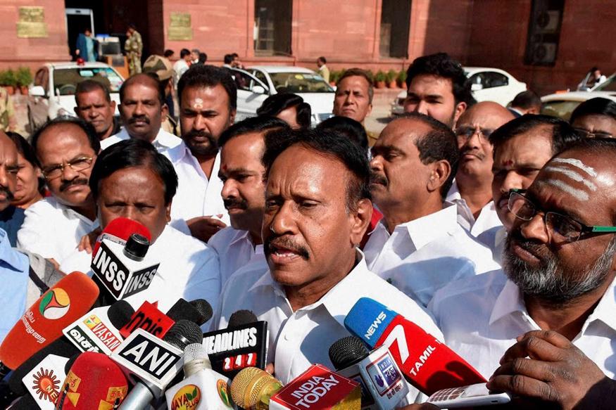 10 MLAs Cannot Split AIADMK...All Are United, Says Thambidurai
