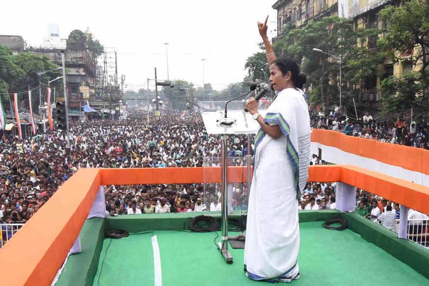 Mamata Banerjee Calls For Grand Alliance to 'Oust BJP From India'