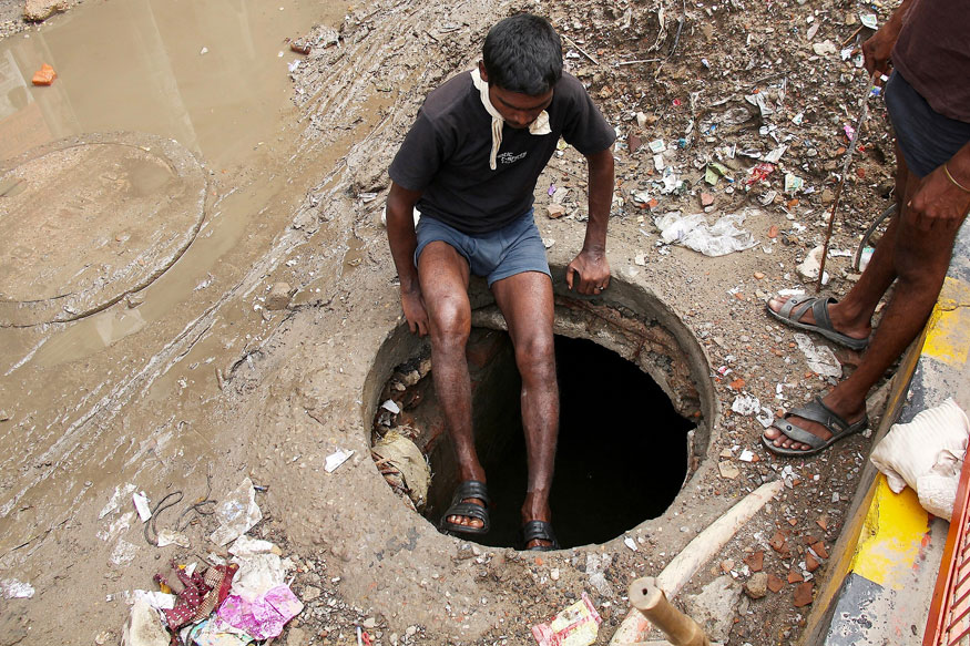 Man Dies While Cleaning Sewer at Delhi Hospital, 10th Case in a Month