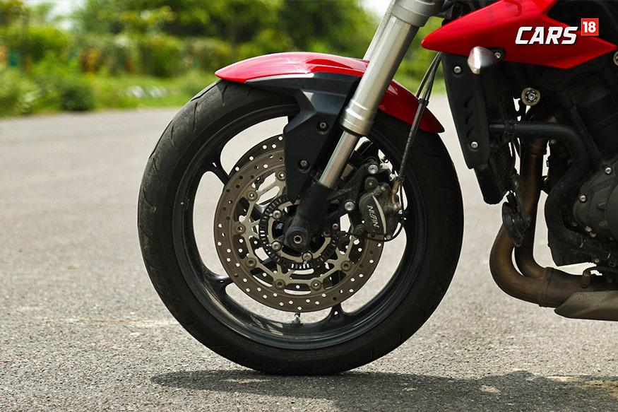 Triumph-Street-Triple-S-Brakes
