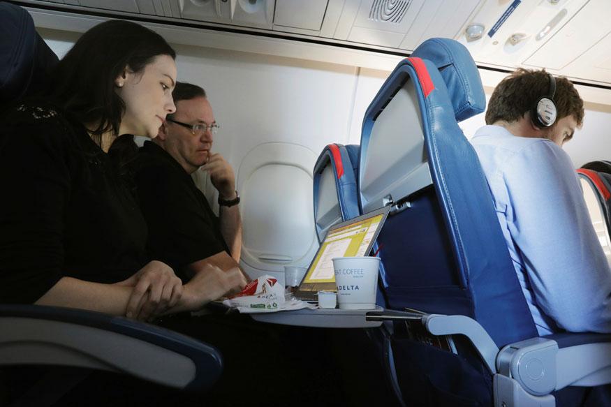 Royal Jordanian, Kuwait Airways say US Laptop Ban Lifted