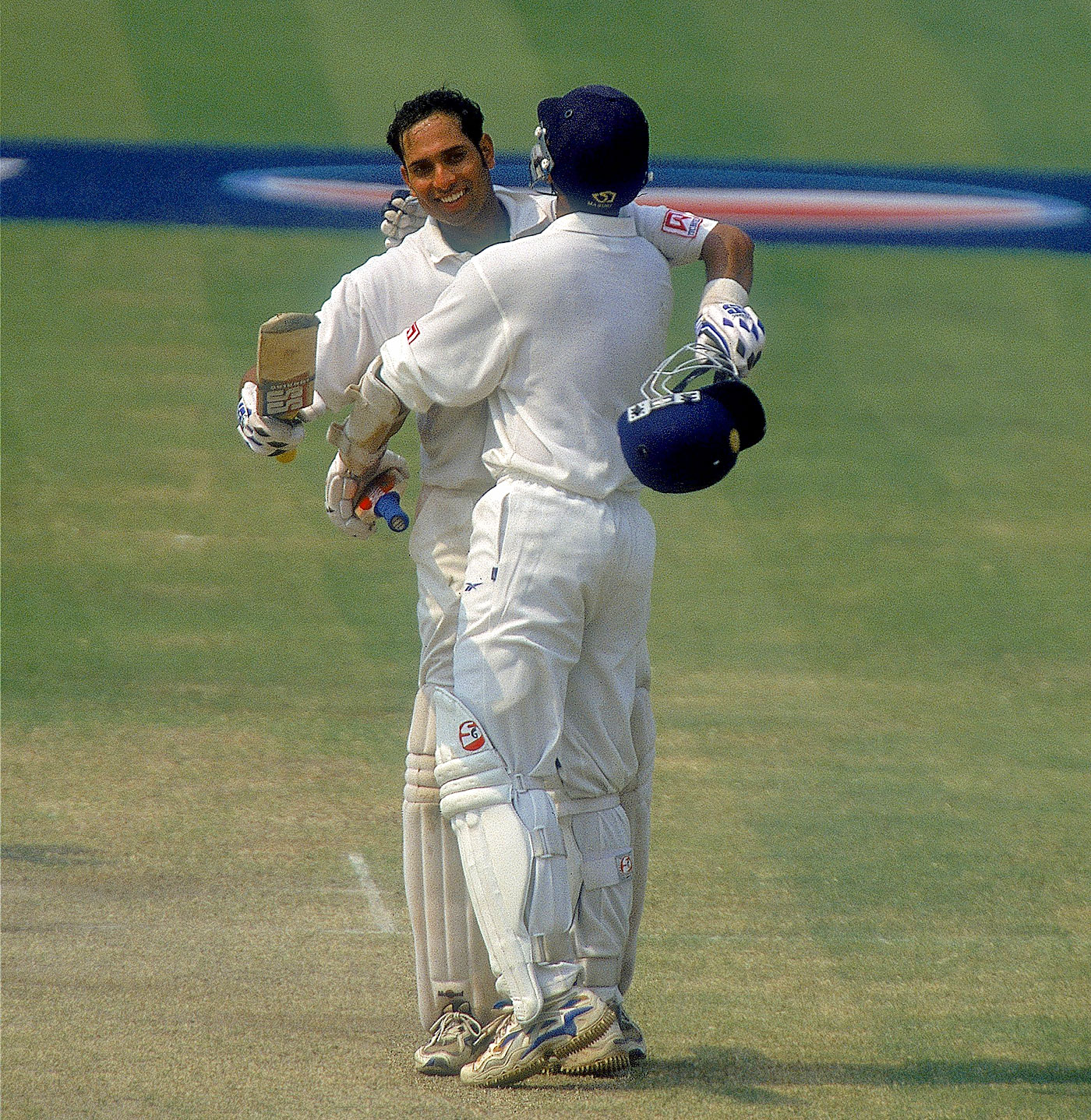 VVS Laxman and Rahul Dravid formed a brilliant partnership to help India win the Kolkata Test. (Getty Images)