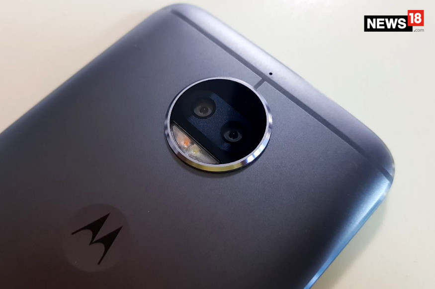 Moto G5s Plus First Impressions Review: Moto G5 Plus With Dual-lens Camera