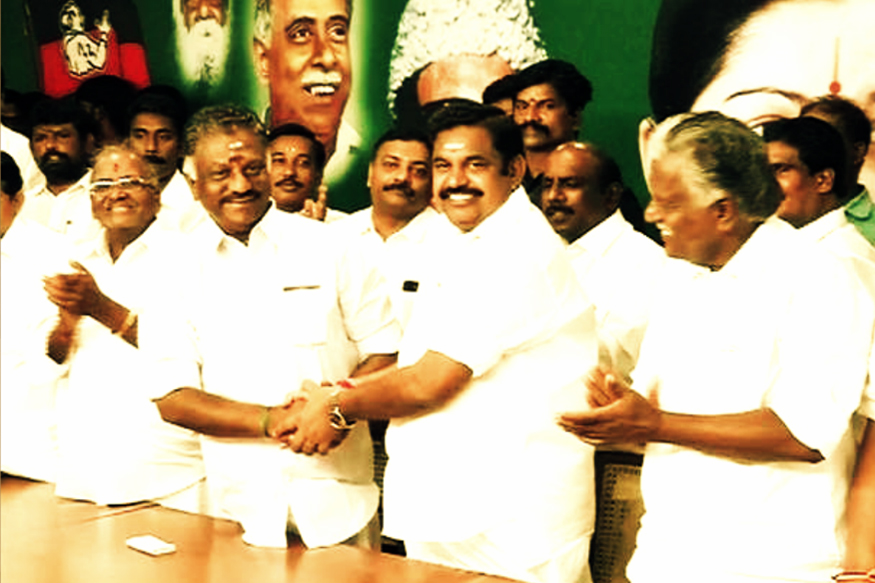 AIADMK Live: Deal Done, OPS and EPS Pay Tribute to Jayalalithaa at Her Memorial