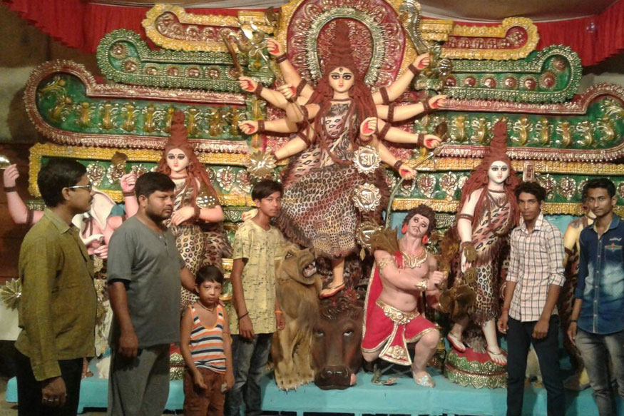 Hindus and Muslims of Bashirat Come Together to Welcome Durga