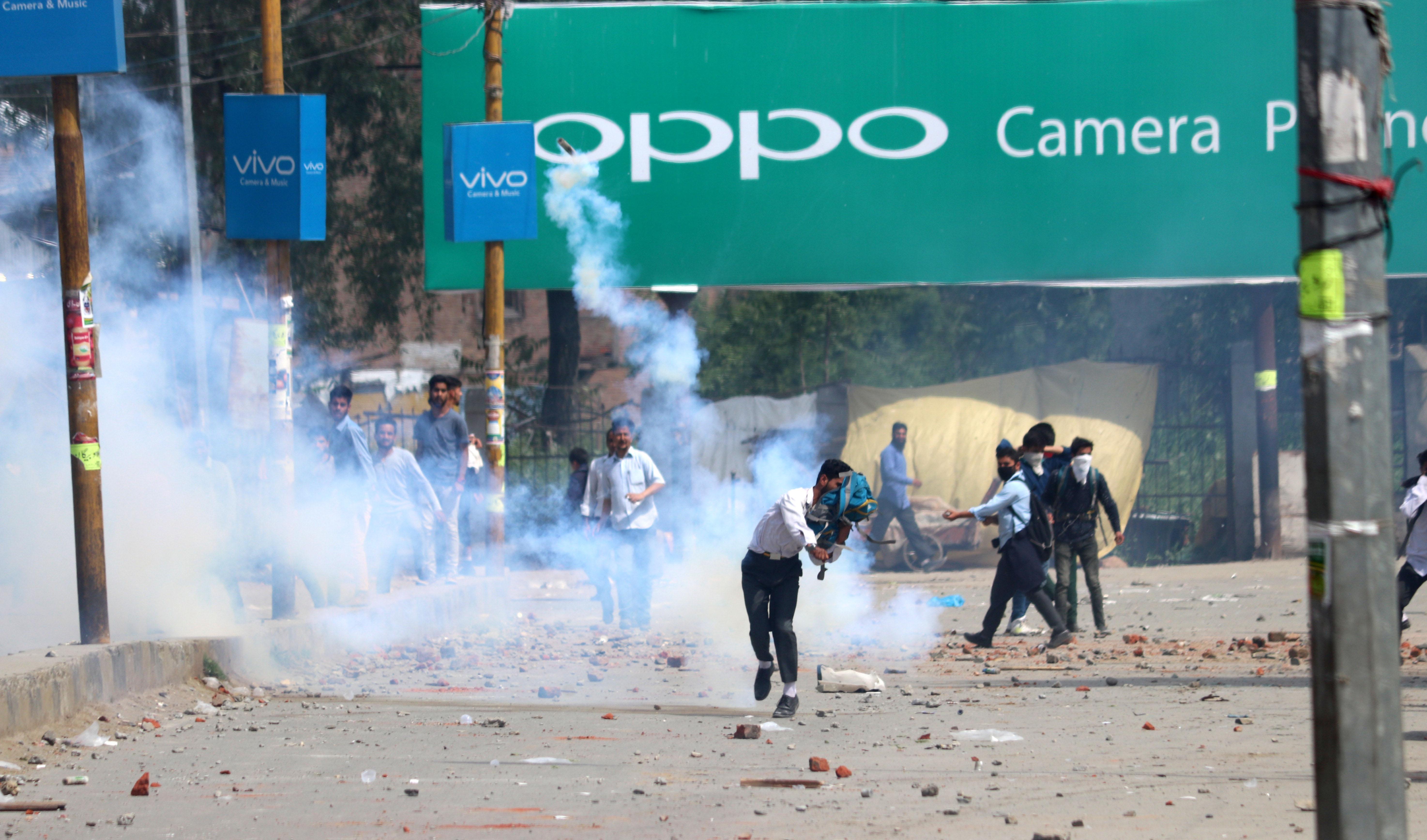 Kashmir stone pelter kids teargas