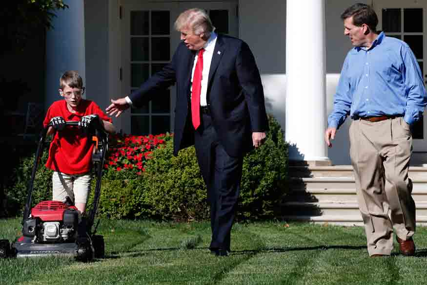Trump-Lawn-Mowing-Boy_Acco