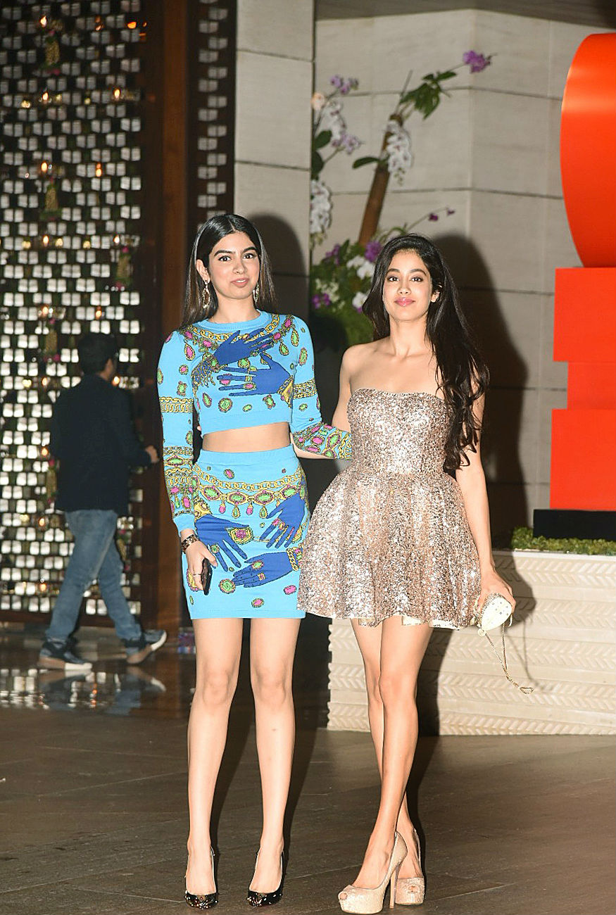 (Photo: Jhanvi and Khushi Kapoor at the Ambani bash/ Yogen Shah)