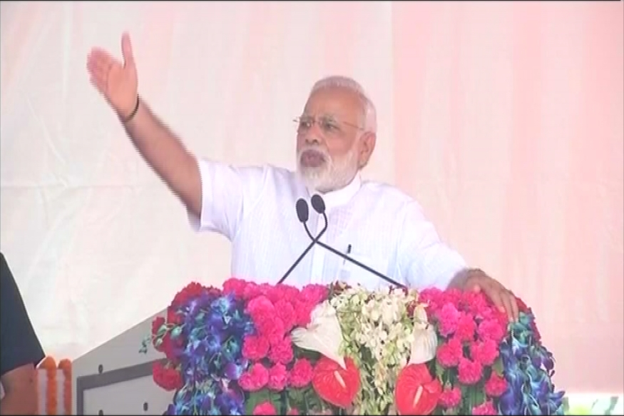 Modi in Varanasi Day 2 LIVE: PM Promises 'Homes for All by 2022', Says Development Not Vote Bank is Priority