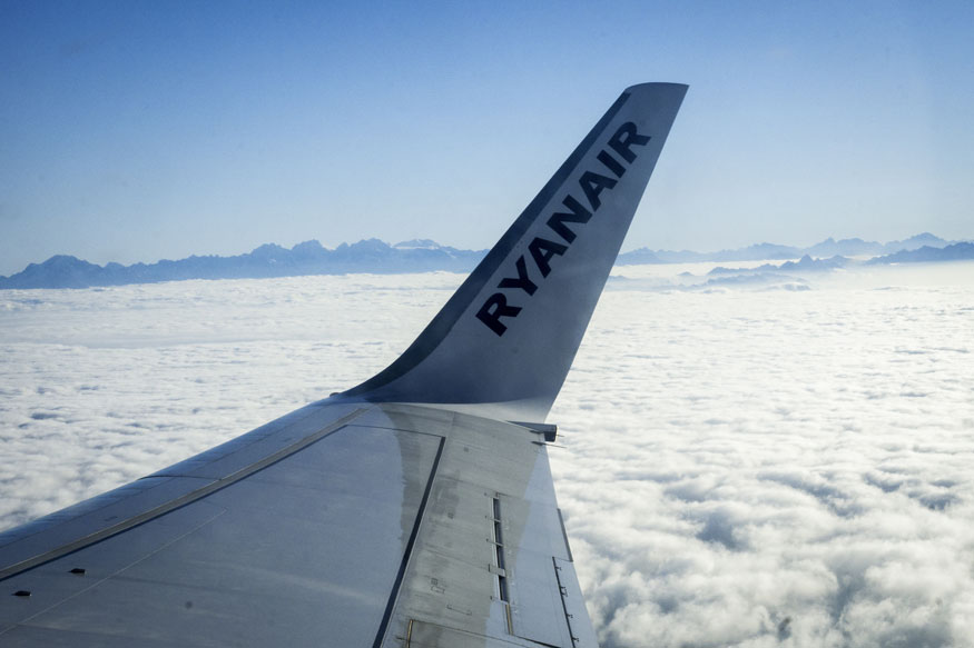Ryanair extends flight cancellations to early 2018 news18 for Interieur avion ryanair