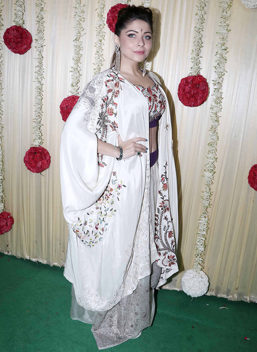Singer Kanika Kapoor attends Ekta Kapoor's Diwali party hosted at her residence in Mumbai on October 17, 2017. (Image: Yogen Shah)