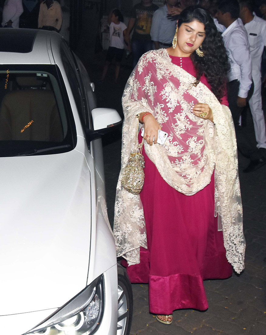 Anshula Kapoor arrives for Anil Kapoor's Diwali party hosted at his residence in Mumbai on October 19, 2017. (Image: Yogen Shah)