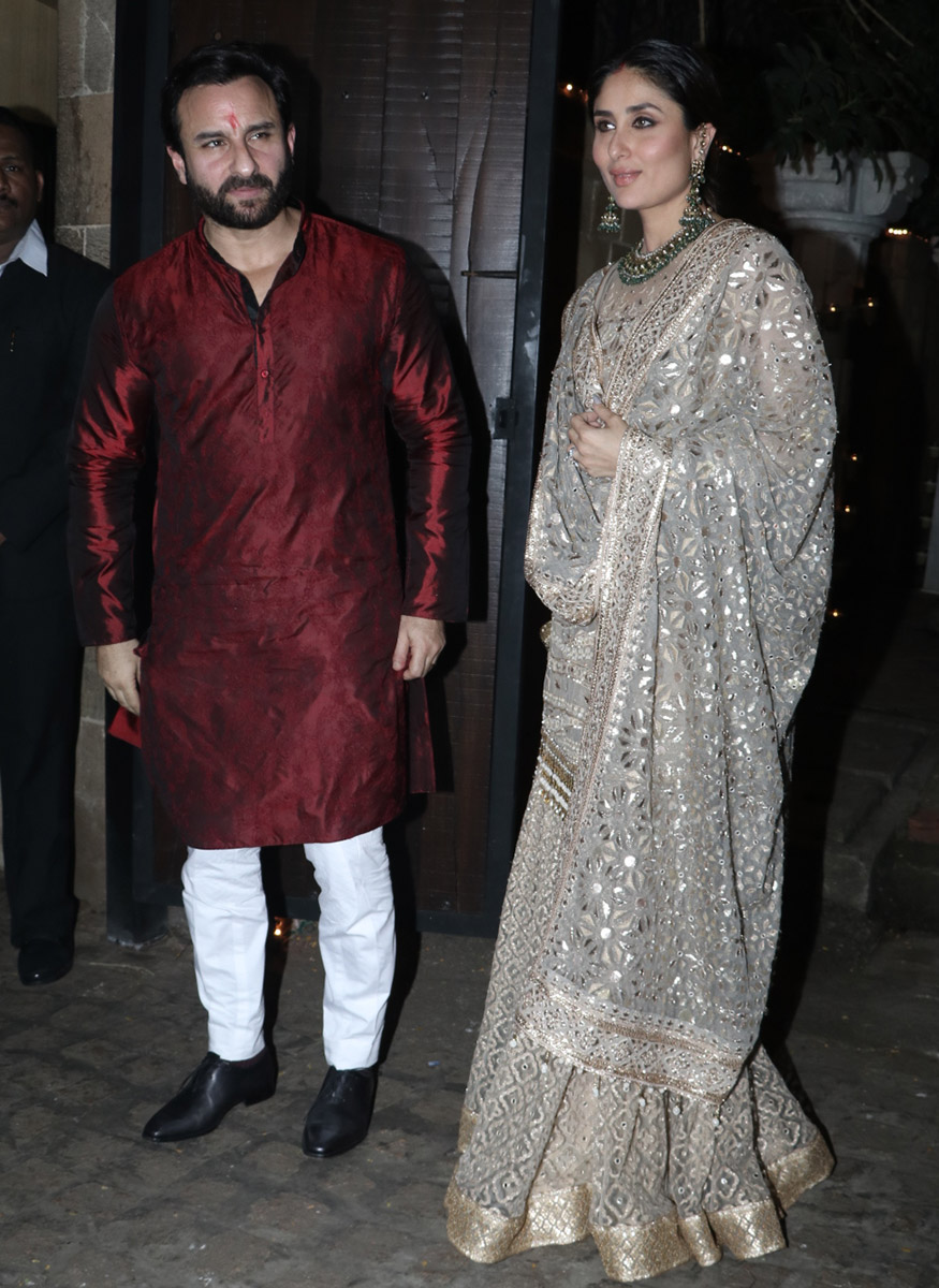 Saif Ali Khan and Kareena Kapoor Khan at Anil Kapoor's Diwali party hosted at his residence in Mumbai on October 19, 2017. (Image: Yogen Shah)