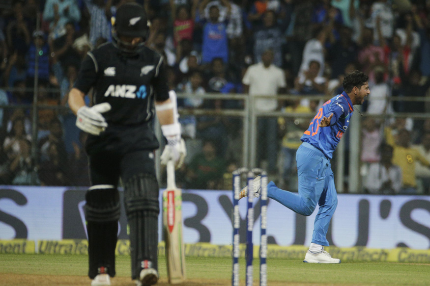 India vs New Zealand, Live Cricket Score, 1st ODI, Mumbai: Taylor, Latham Steady Kiwi Ship
