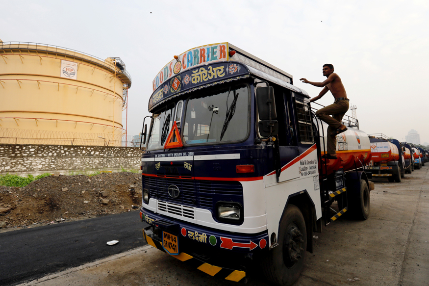 India's Fuel Demand up 10 Percent in September