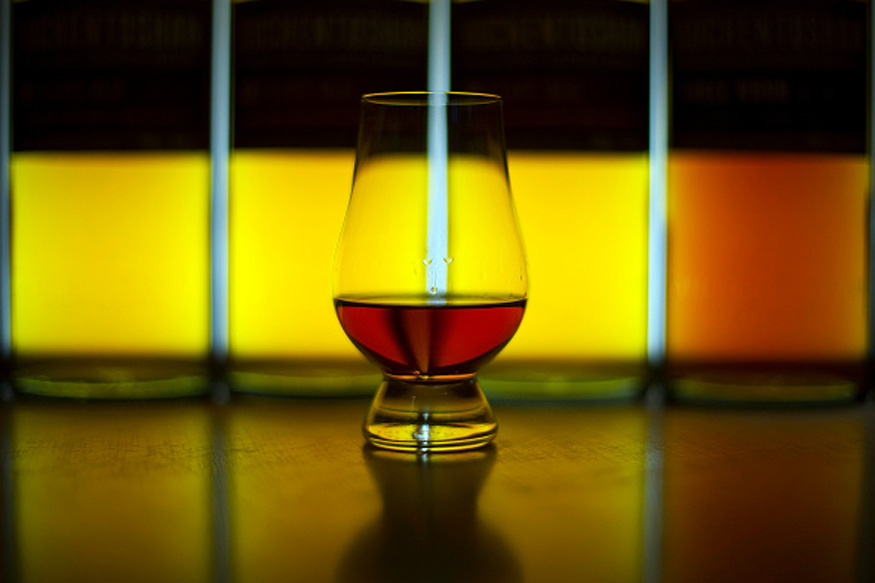 Single Malt or Blended Whisky? How to Choose Your Poison