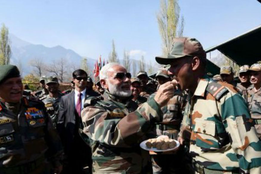 PM, Army Chief Celebrate Diwali With Jawans in Jammu and Kashmir's Gurez