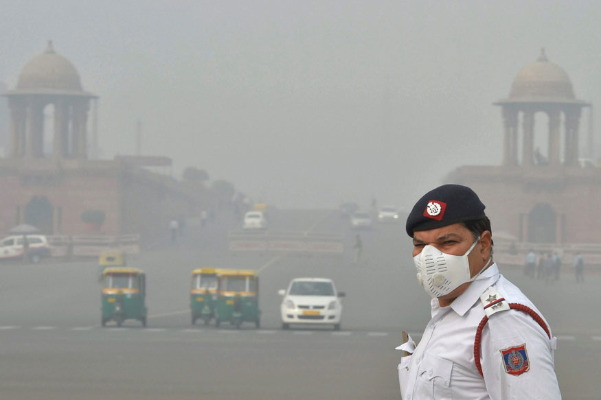 http://img01.ibnlive.in/ibnlive/uploads/2017/11/A-traffic-policeman-wearing-an-anti-pollution-mask.jpg