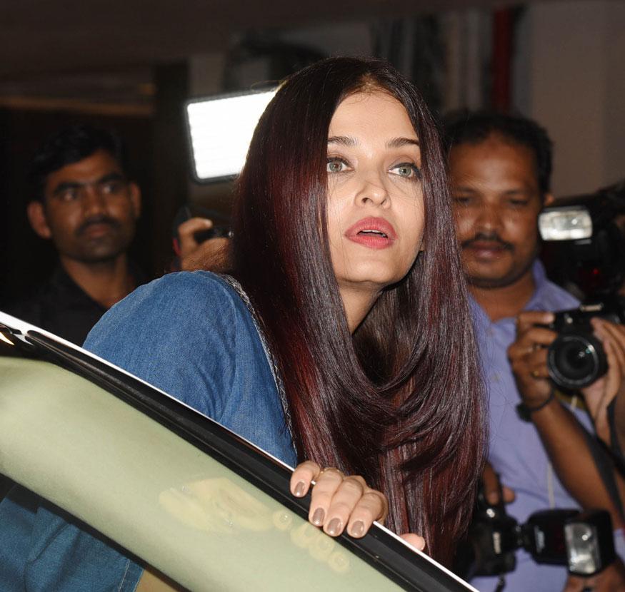 [Image: Aishwarya-Rai-Bachchan-spotted.jpg]
