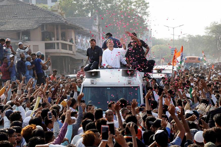 Hindutva Vs Minority is a Debate Congress Clearly Wants to Evade in Gujarat