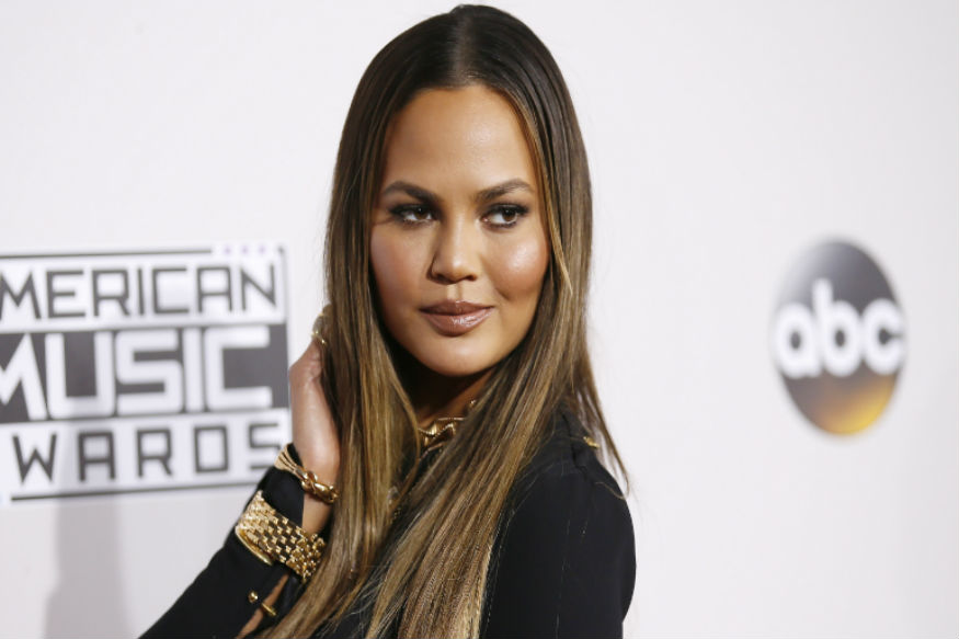 Model Chrissy Teigen Refuses to Wash Her Face For This Reason