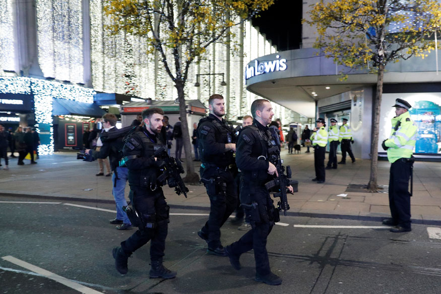 London Police Say No Evidence Shots Fired on Oxford Street