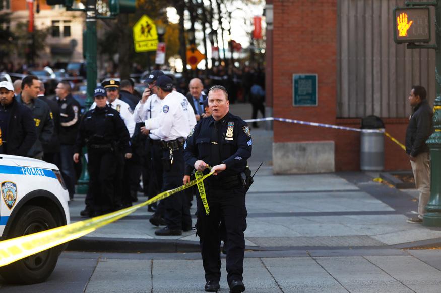 Manhattan Explosion: New York Police Responds to Reports of Blast