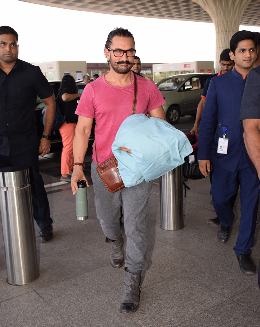 Aamir Khan was spotted at Mumbai airport while leaving to