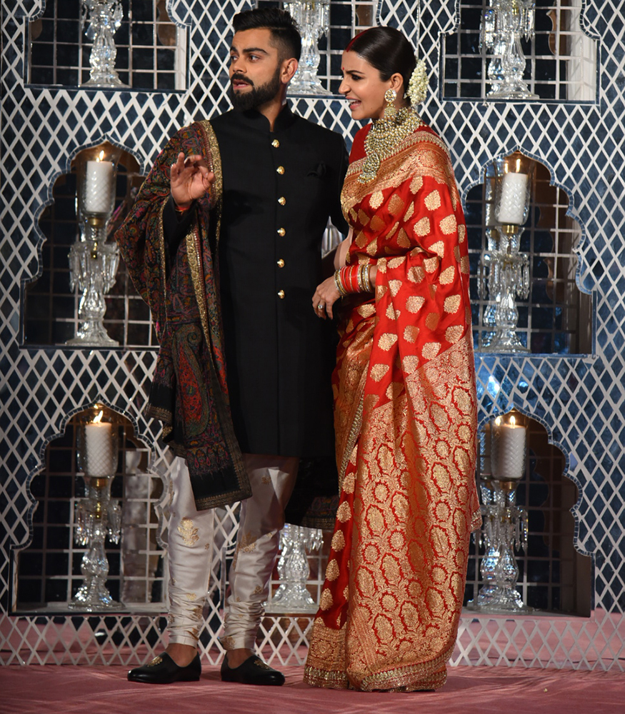 First look at #VirushkaReception in New Delhi