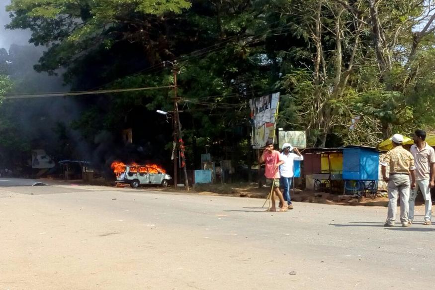 Violent protests erupt in Uttar Kannada, IG western range's vehicle torched