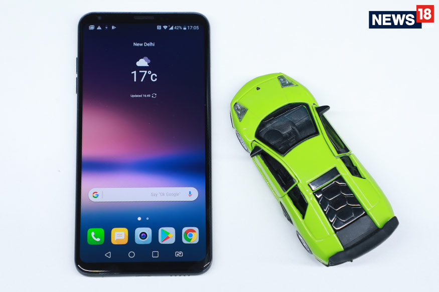 LG V30+ Review: The LG Phone You'll Prefer Over OnePlus 5T and Even the Samsung Galaxy S8