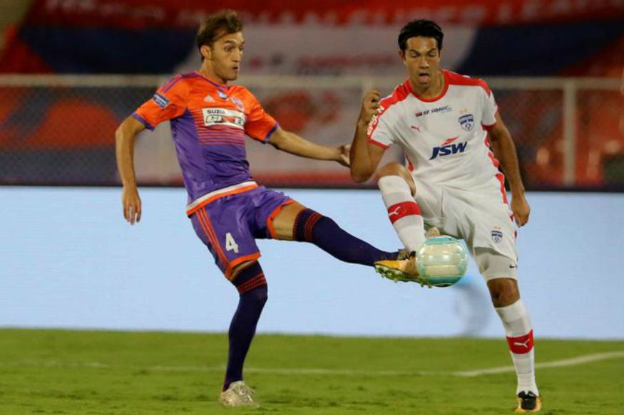 ISL 2017, Live Updates, FC Pune City vs Bengaluru FC: Adil Khan Heads Pune into Lead