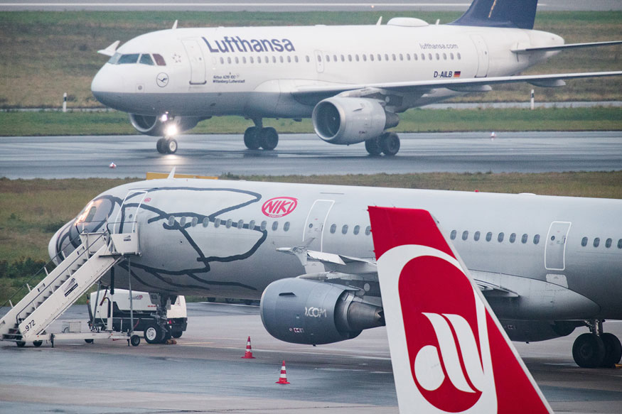 Austrian Airline's Grounding Strands Thousands