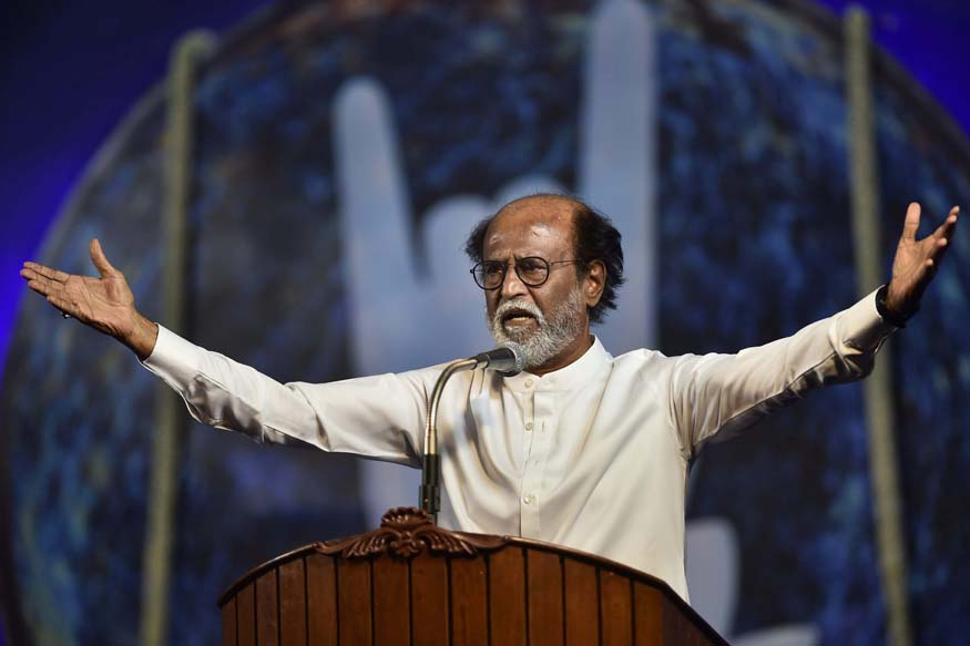 Days After Haasans Grand Party Launch, Rajinikanth Urges Fans to Make Noise at the Right