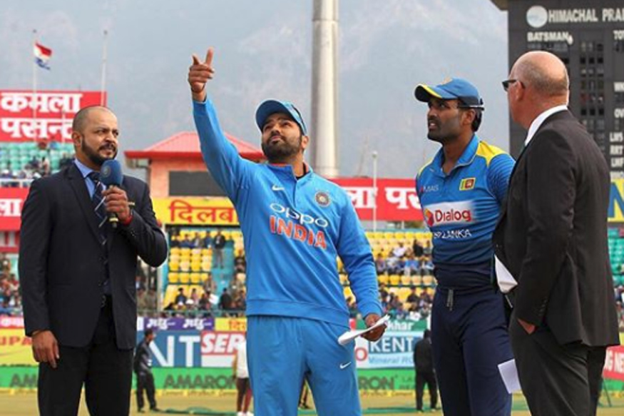 Live Cricket Score, India vs Sri Lanka 2017, 2nd ODI in Mohali: Perera Wins Toss, Lankans Will Bowl First