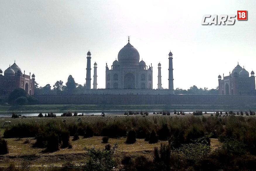 BMW 3-Series, Delhi to Agra travelgoue