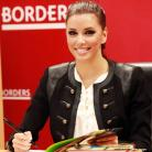 Eva Longoria shows off her culinary skills