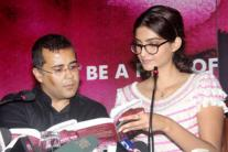 Sonam Kapoor launches Chetan Bhagat's latest