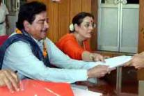 Lok Sabha polls: Gul Panag, Kirron Kher, Shatrughan, Nilekani file their nomination papers