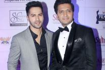 Marathi Filmfare Awards: Varun Dhawan, Riteish Deshmukh, Tabu grace the red carpet with their presence