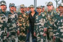 StarGaze: Aishwarya meets Jawans at Attari border, Sonam-Shabana attend 'Neerja' success bash