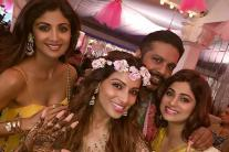 Bipasha Basu-karan Singh Grover Kick Start Their Wedding Celebration With a Mehendi Function