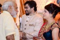 PM Narendra Modi Attends Babul Supriyo-Rachna Sharma Wedding Ceremony