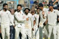 In Pics: India vs England, 4th Test, Day 5 in Mumbai