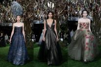 Dior - 2017 Spring/Summer Haute Couture Collection Show
